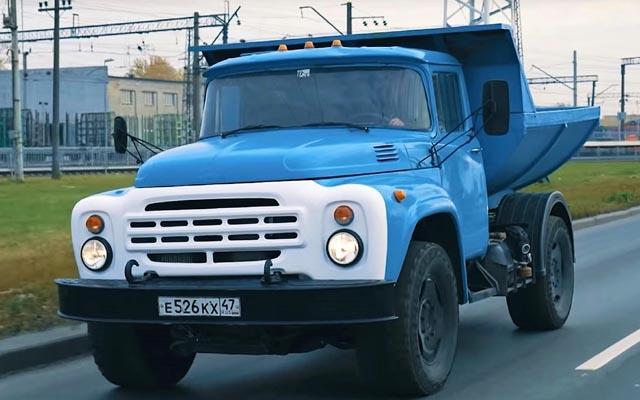 kolko harchat savetskite kamioni zil 130 i gaz 52 21